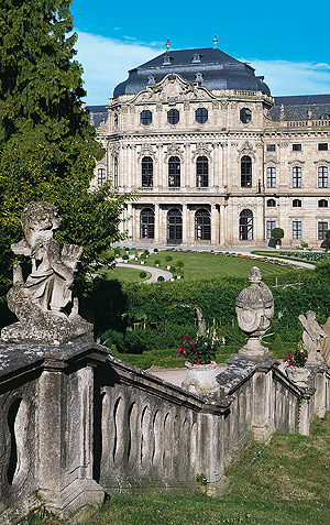 Picture: Würzburg Residence and Court Garden